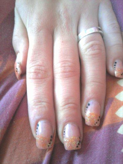 Ongle gel paillette orange deco point noir blog de didinails54 - Ongle gel noir ...